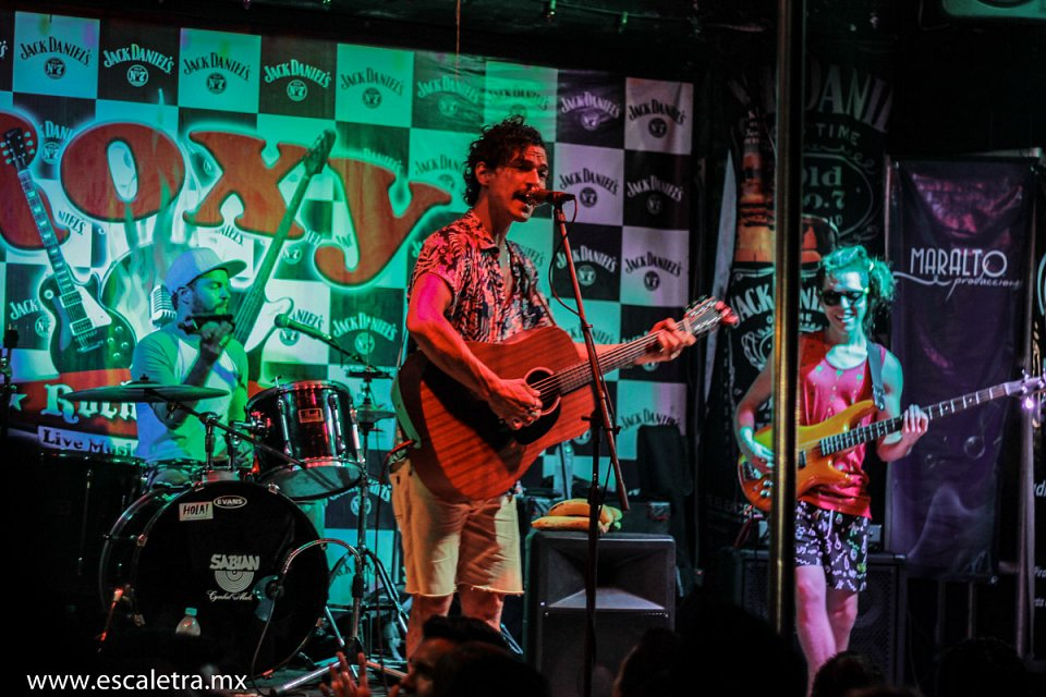 Caloncho en Roxy Rock House